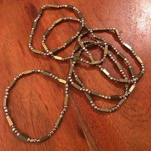Set of 6 Evereve Mixed Metal Beaded Bracelets